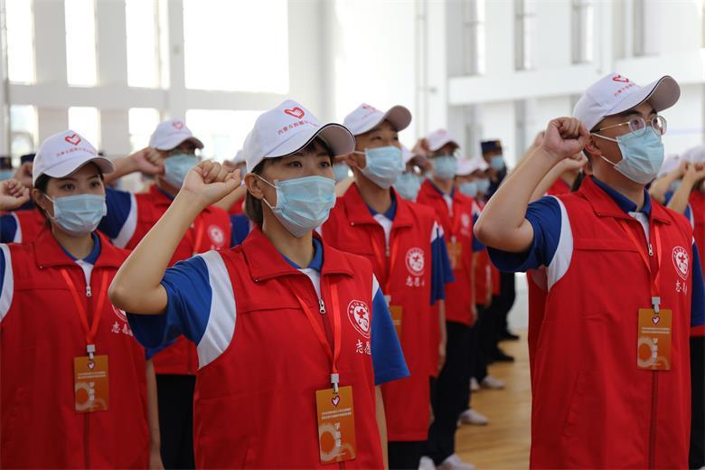 2020年内蒙古大学生志愿服务脱贫攻坚计划消防专项志愿者出征