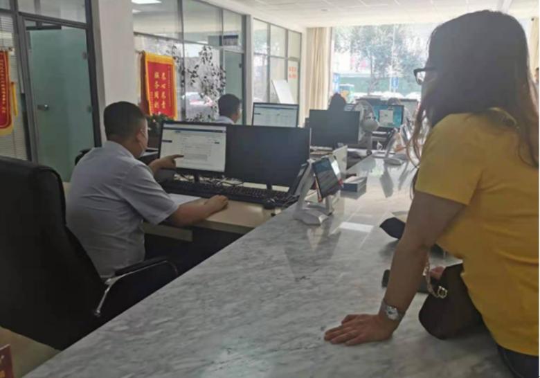 """呼市回民区行政审批局:依托""""互联网+政务服务""""提高""""一次办""""效能"""